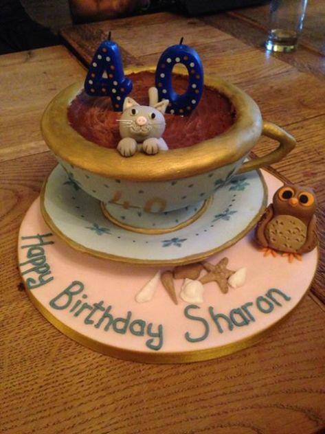 My gorgeous Teacup Cake. :)