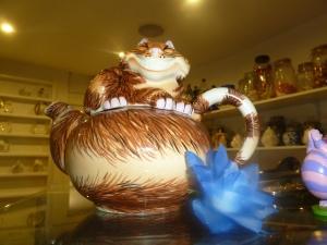 A Cheshire Cat Teapot.