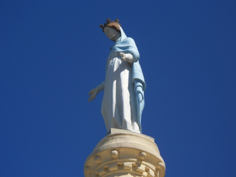 Beautiful statue, Island st Honourait, France