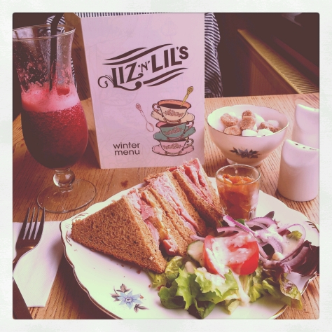 Lunch at Liz n Lils.