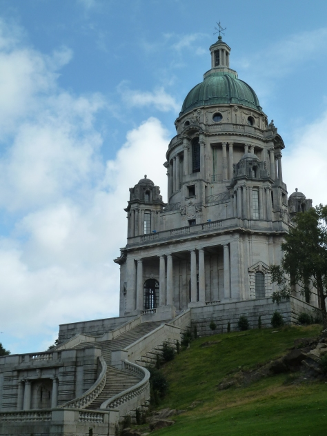 The Ashton memorial reminded me of the Sacre Coeur or even the Taj Mahal.