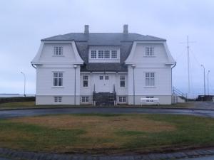 Hofoi  House.