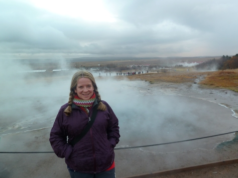 Walking around the geysir area.