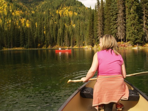 Kayaking, Island lake lodge resort, Fernie.