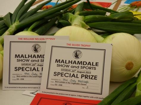 Prize Onions.